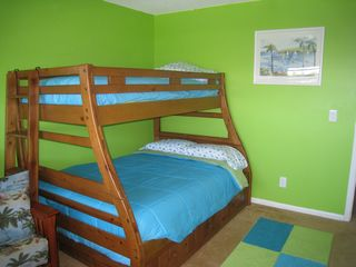 Ormond Beach condo photo - Full bed, twin bunk, and twin trundle in kids room.