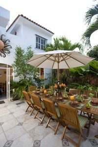 Puerto Vallarta house rental - Courtyard next to the pool adjoining the kitchen