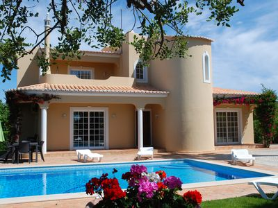 LUXURY VILLA with private heated swimming-pool, putting-green and tenis court