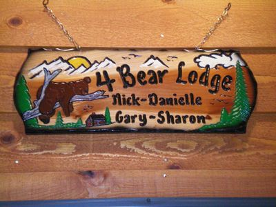 The Four Bear Lodge is a welcome sign that you have arrived