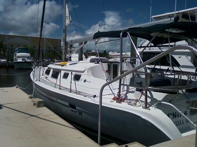 2003 Hunter 426 Deck Salon
