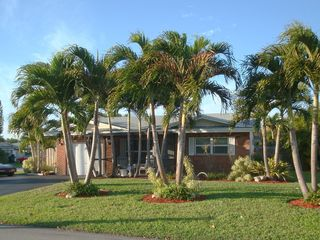 Fort Lauderdale house photo - Beautiful home is located in a safe, upscale residential neighborhood.