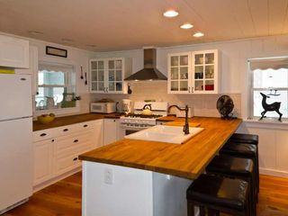 Farmhouse Kitchen with 5 burner gas stove, dishwasher, double sink and views!
