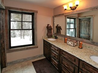 Sundance cabin photo - Additional bathroom with double sinks.