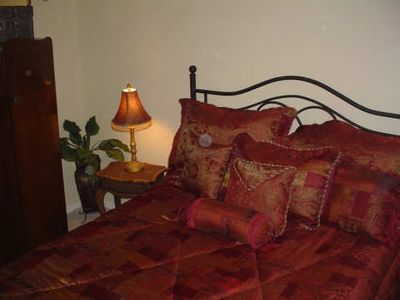 One of the relaxing Bedrooms - Queen Bed