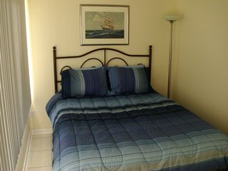 Dauphin Island condo photo - Queen bedroom.