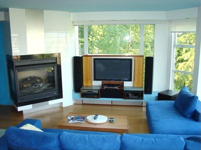 2-Sided Fireplace & Home Theater System - Wizard Run Ski Slope directly behind!