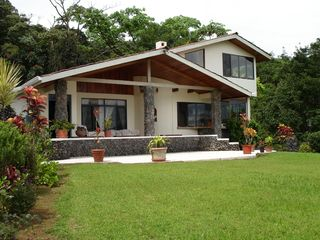 Nuevo Arenal estate photo - Casa Primera