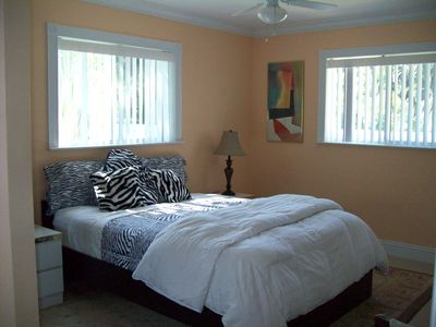 2nd Bedroom with queen size bed plus a twin rollaway for extra guest