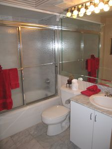 Twin bathroom across the hall.