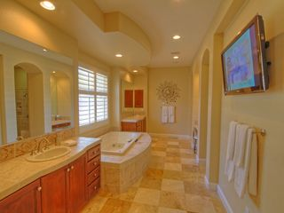 La Quinta villa photo - Master Bath with Jetted Tub