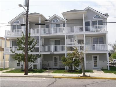 Wildwood condo rental - 2nd floor condo on beach block - just steps to beach and boardwalk