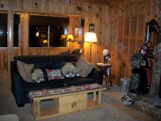 Big Bear Lake cabin photo - Living room.