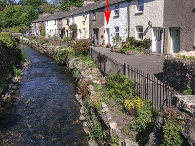 B'S COTTAGE, family friendly in Cark In Cartmel , Ref 919642