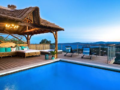 Villa 5 *. Exceptional sea view. JACUZZI HEATED ALL YEAR. - HEATED SWIMMING POOL. VILLA REVE DE S