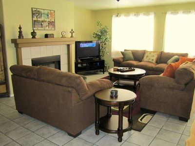 Family Room - Las Vegas Vacation House Rental