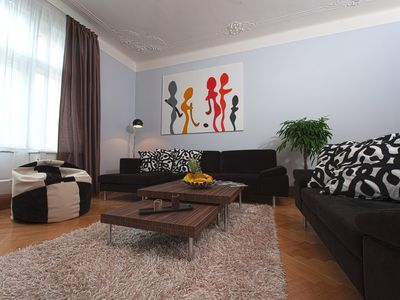 Three Bedroom Apartment - Brehova 8