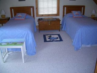 Bass Harbor house photo - twin bed room