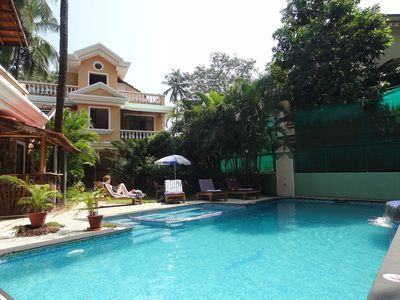 Sandray. Enjoy a free breakfast in  spacious, a/c apartments near superb beaches - Chorao/Cotigao Apartments & Bondla Villa