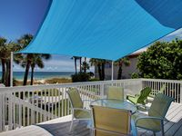 A Hidden Gem in Tampa Bay, Beach front to Indian Rocks Beach