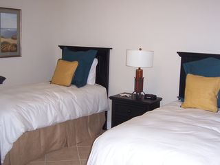 Galveston condo photo - 3rd Bedroom with 2 twin beds