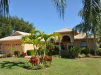 NEW! Top Location / Spanish Wells Lake View,Golf, Pool & only 3 miles to Beach!