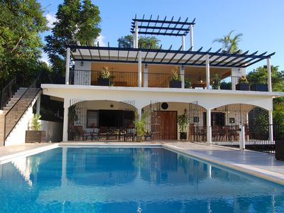 Runaway Bay villa rental - 4 stories of serene ambience, surrounded with tropics
