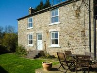 WEST HOUSE, family friendly in Middleton-In-Teesdale, Ref 2040