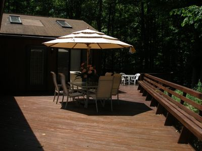 Lake Ariel house rental - Huge Deck