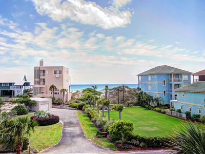 Sleeps 10. Beach House 150' to Beach w Ocean Views.