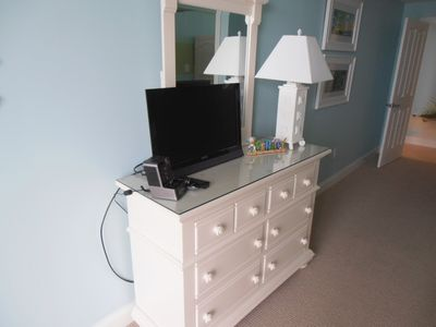 Belmont Towers Ocean City condo rental - TV in Kids bedroom
