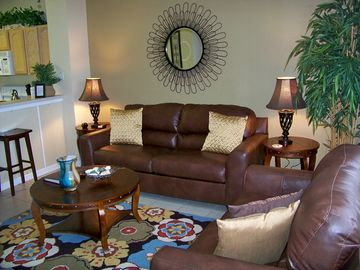 Windsor Hills townhome rental - Beautifully RE-DECORATED - Leather sofa with queen sleeper and matching loveseat