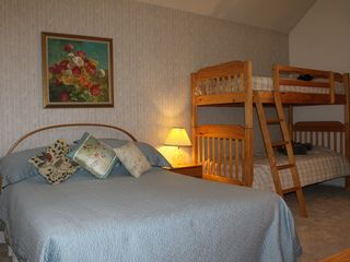 Bretton Woods townhome photo - Upper Level - Queen Bed and Bunk Bed