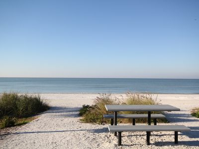 Beautiful beach and Gulf of Mexico views!
