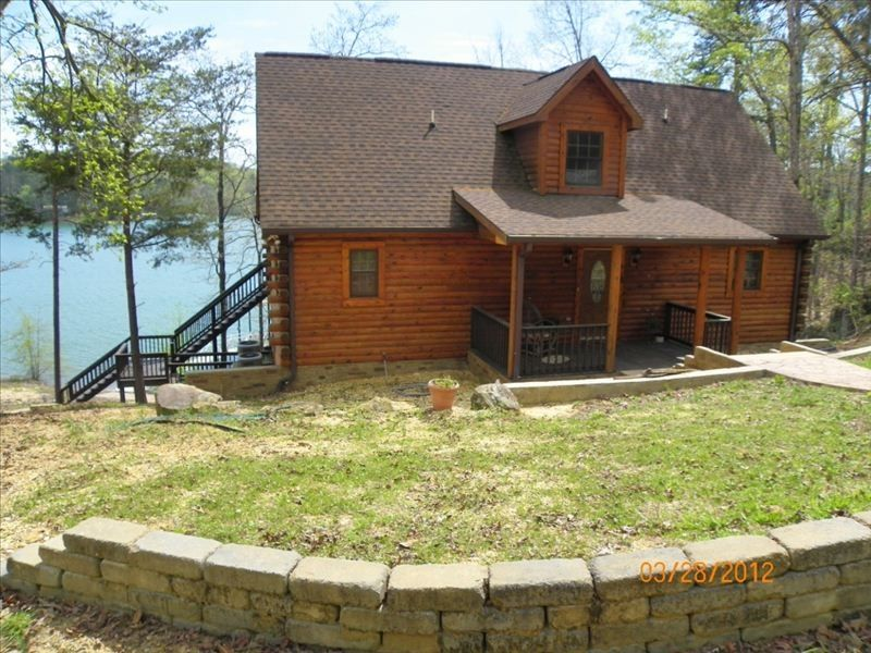 Beautiful 3BR Modern Log Cabin On Smith Lake