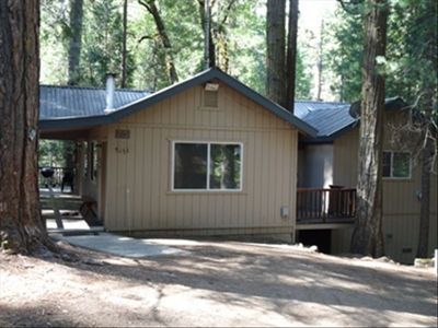 Yosemite mountain retreat in yosemite vrbo for Yosemite national park cabin rentals