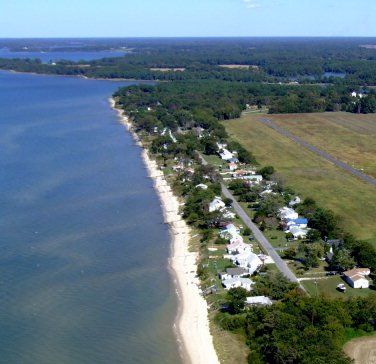 Aerial view of Smith Beach. Our lot is almost to the end where it turns.