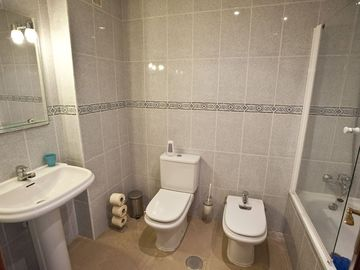 BATHROOM 1. ENSUITE WITH BATH/SHOWER