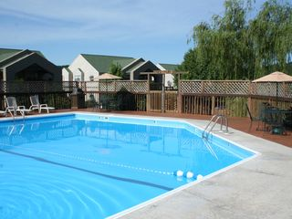 Branson condo photo - Enjoy the Pool or Unwind in the Hot Tub!