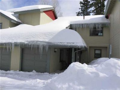 Bear Mountain Escape Condo - Closest property we offer walking distance to the ski resort!