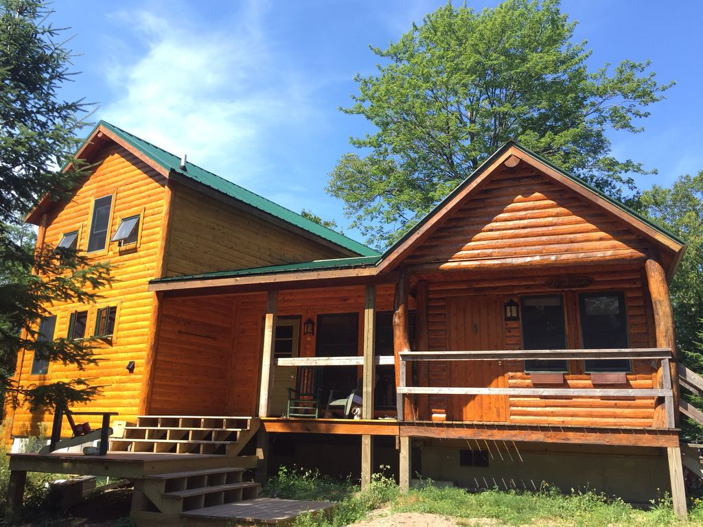 Beaver island holiday cabin gorgeous rustic northern for Northern michigan cabin rental