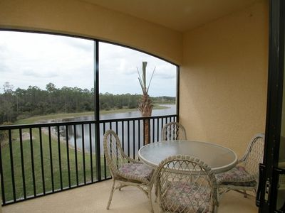 Screened in lanai - lake view!