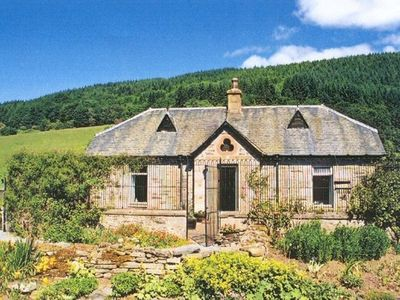 Aberfeldy, Loch Tay and Glen Lyon cottage rental - CASTLE KENNELS