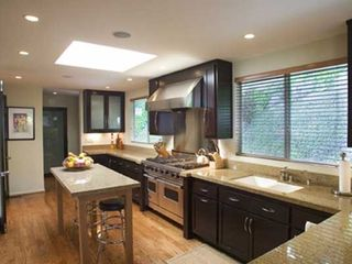 Hollywood estate photo - Gourmet Cook's Kitchen - Top of the Line Appliances