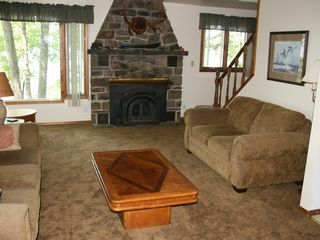 Lake Wallenpaupack cottage photo - Living Room Looking Towards Lake
