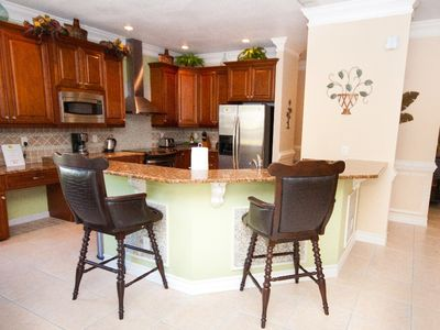 Fully equipped kitchen with upgrade cabinets and stainless steel appliances