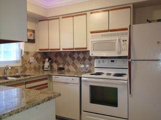Altamonte Springs townhome photo - OH La La Gourmet Kitchen!
