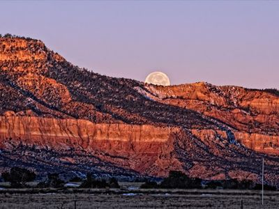 Moon Rise over Ghost Ranch from the Casita portal
