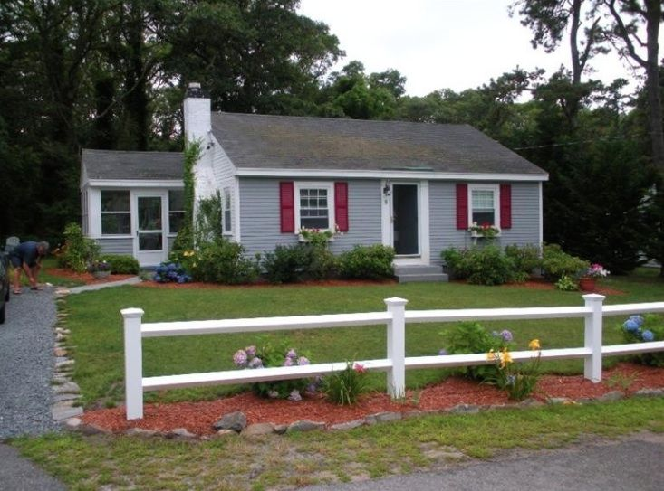 Adorable 2 Bedroom House Less Than 1 Mile Vrbo