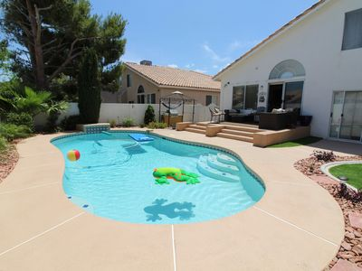 ***Private 3 bdrm Home w/pool  Green Valley/Henderson!!! 8 miles from strip!!!
